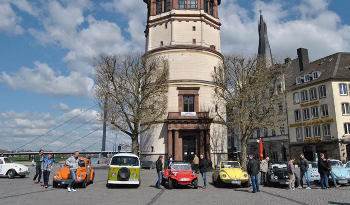VW Käfer Oldtimer fahren